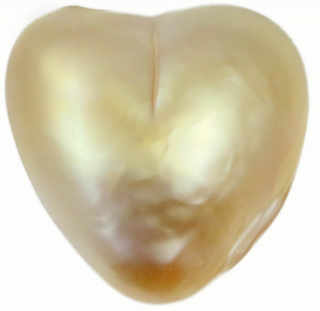 6.8 Cts Golden Love Heart Shape Natural Pearl  PPP896