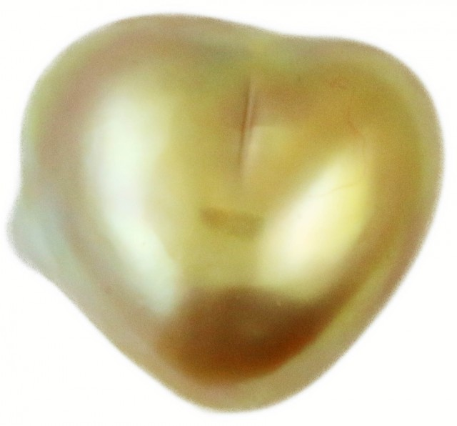 6.1 Cts Golden Love Heart Shape Natural Pearl  PPP899