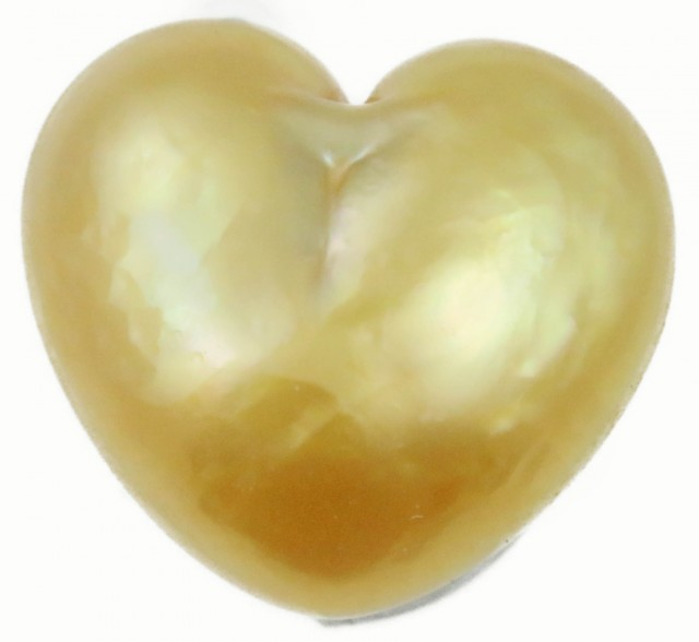 6.2 Cts Golden Love Heart Shape Natural Pearl  PPP901