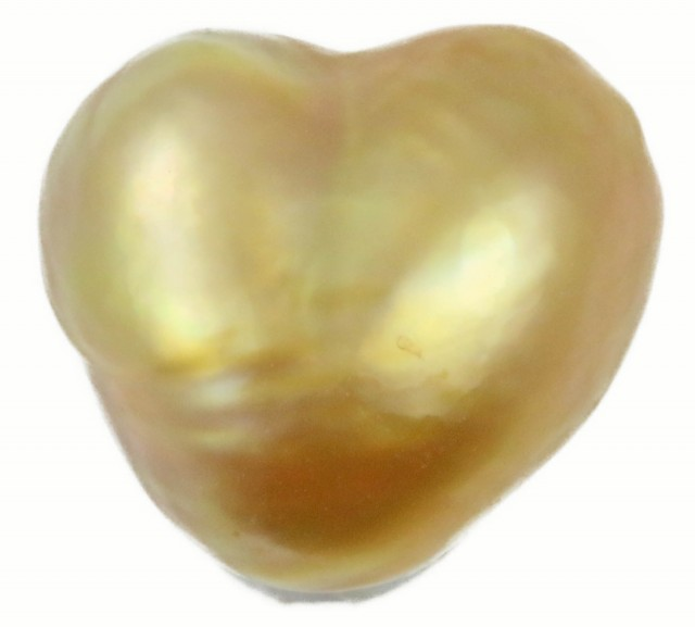 6.2 Cts Golden Love Heart Shape Natural Pearl  PPP908