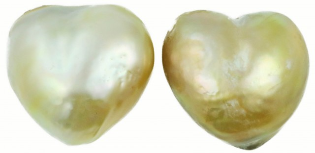 12.6 Cts Golden Love Heart  Shape Natural Pair Pearls  PPP930