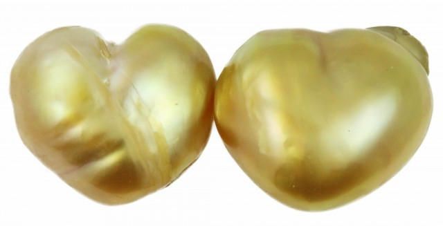 21.8 Cts Golden Love Heart  Shape Natural Pair Pearls  PPP931