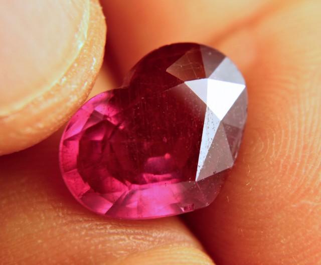 7.86 Fiery, Flashy Ruby Heart - Gorgeous