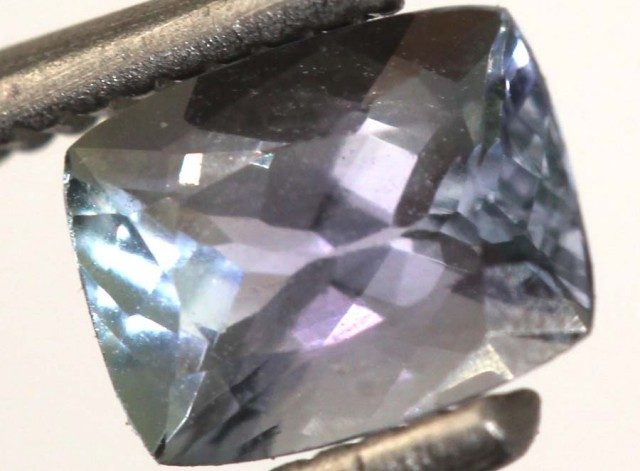0.80CTS TANZANITE FACETED VIOLET BLUE  RNG-417