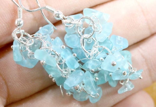 49.95CTS APATITE EARRINGS NEON BLUE UNTREATED SG-2276