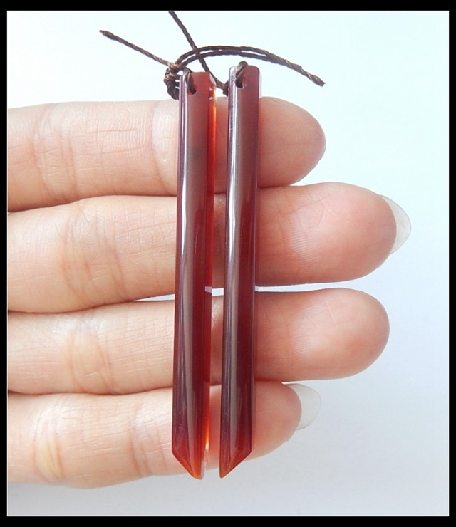 27Ct Natural Red Agate Gemstone Long Earring Beads(B1804420)