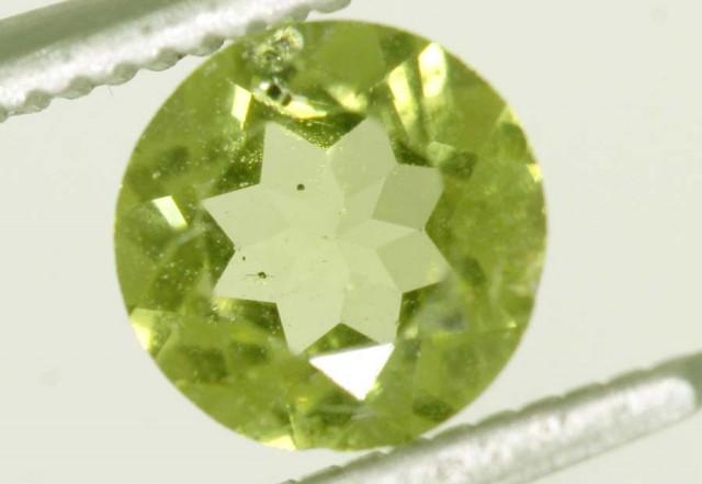 1.5 CTS PERIDOT BRIGHT GREEN PAIR (2 PCS)   CG-2208