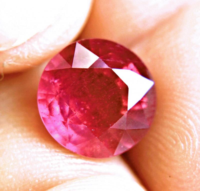 7.06 Carat Fiery Ruby - Gorgeous