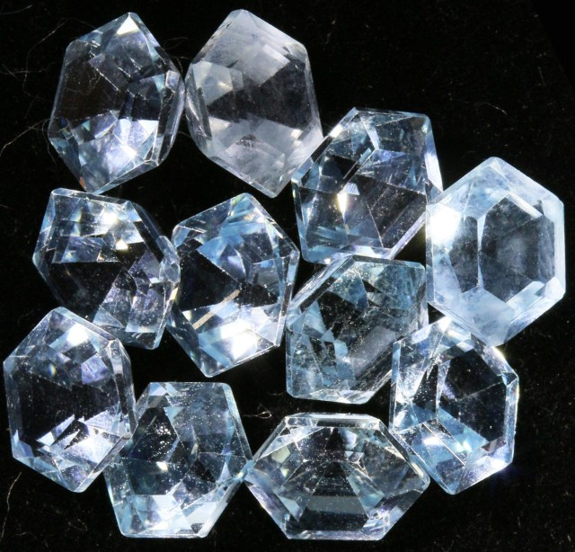 12.35 Cts  Blue  Brazilain Blue  Topaz Gemstone  GOGO 1391