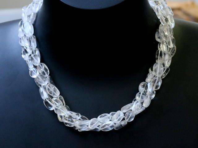 235.00 ts three Strand Crystal bead strands  GOGO 1570