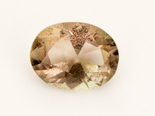 1.8ct Champagne Oval Sunstone (S2508)