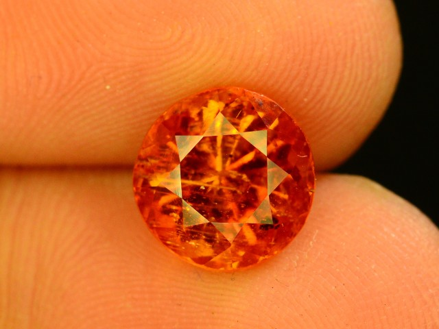 3.150 ct  Rare Gemstone Clinohumite