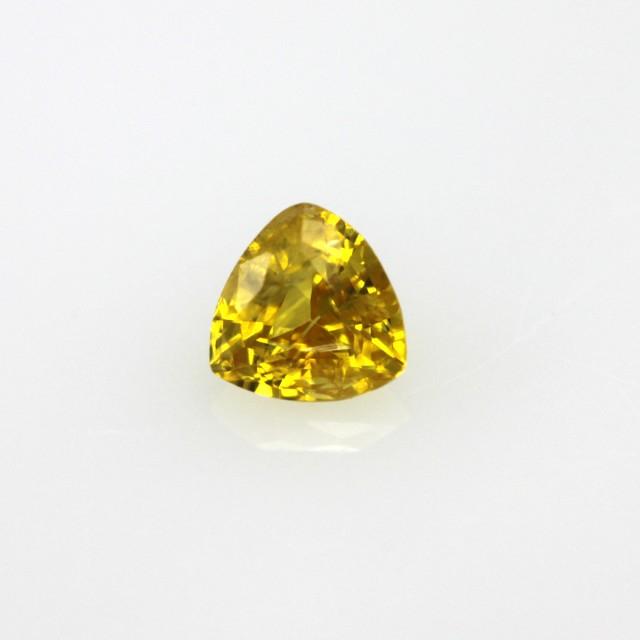 0.29cts Natural Australian Gold Sapphire Trillion Cut