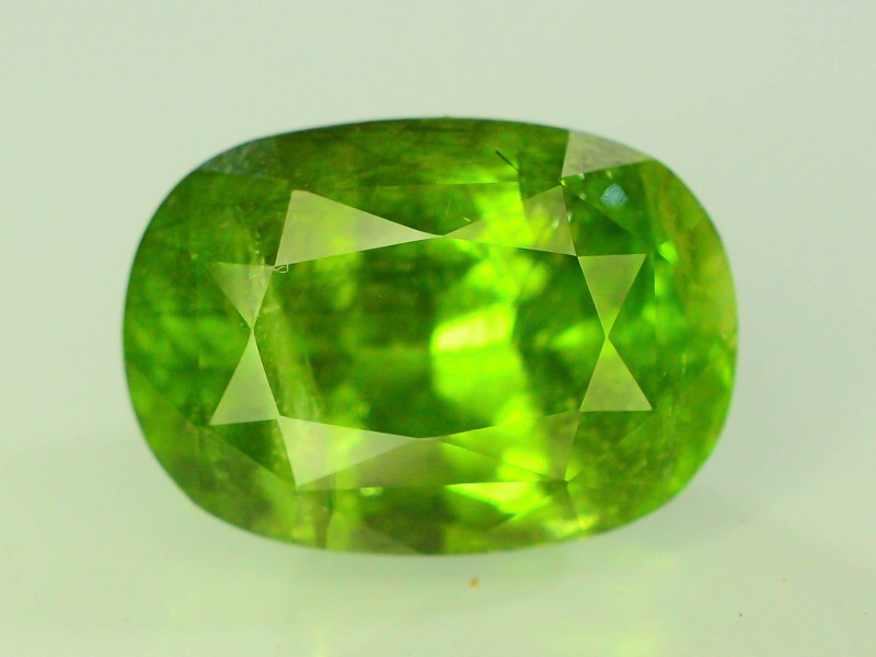 15.10 Ct Untreated Green Peridot
