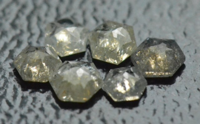 0.615ct parcel 2.4 to 3.2mm of 6 Hexagon diamonds white silver grey