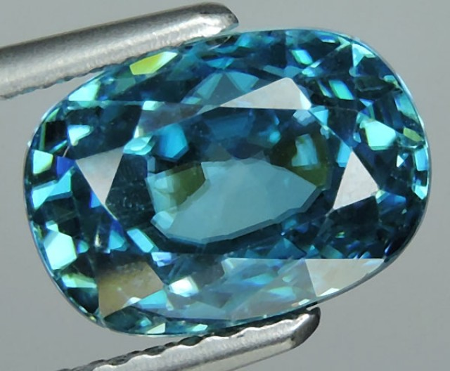 4.95 CTS FABULOUSLY NATURAL BLUE ZIRCON TOP QUALITY