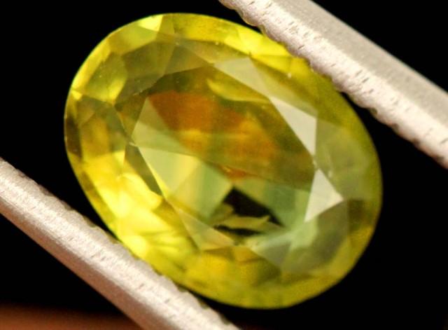 1.2 carats Yellow Sapphire natural ANGC-690