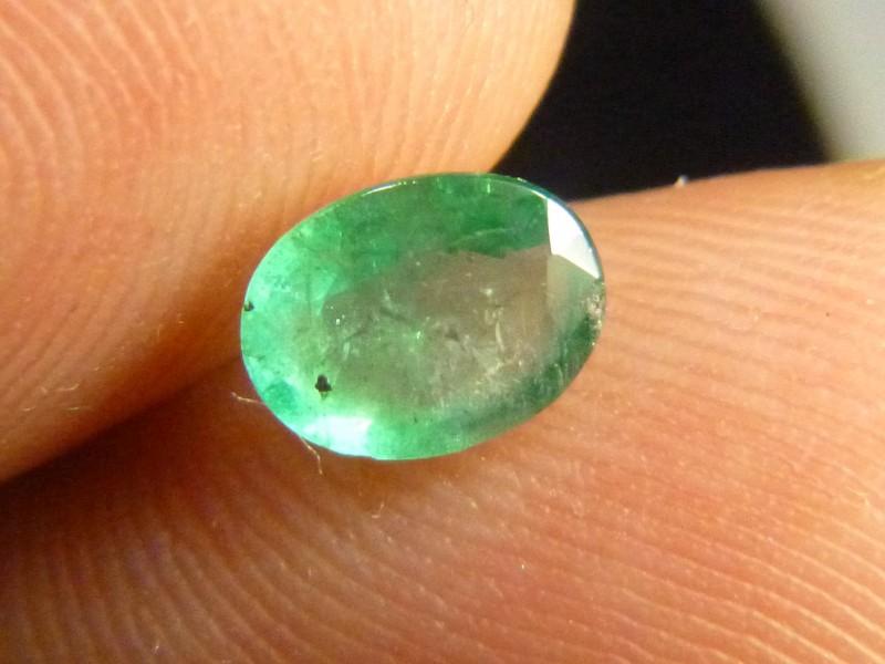 0.99cts  Emerald , 100% Natural Gemstone