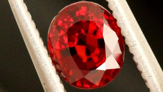 0.95 carats Spinel BURMA- natural untreated ANGC-713