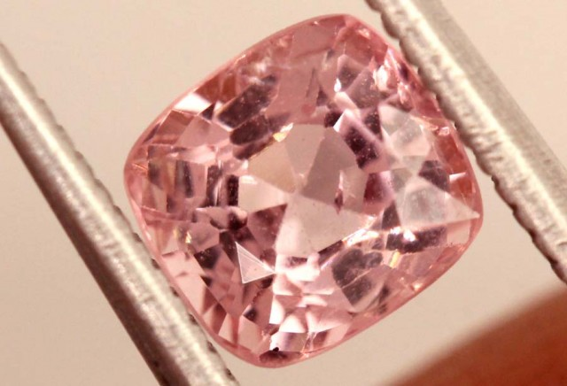 FREE SHIPPING ——-1.40 carats Spinel BURMA - natural untreated ANGC-721