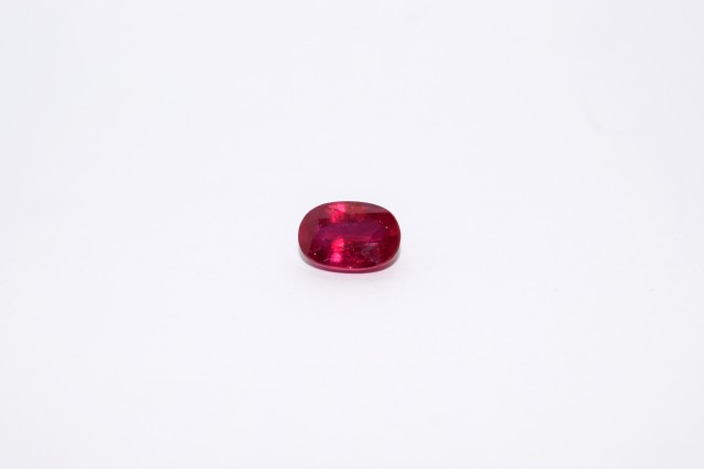 3.18 Carat - AA Color - VVs Clarity - Amazing color and Quality