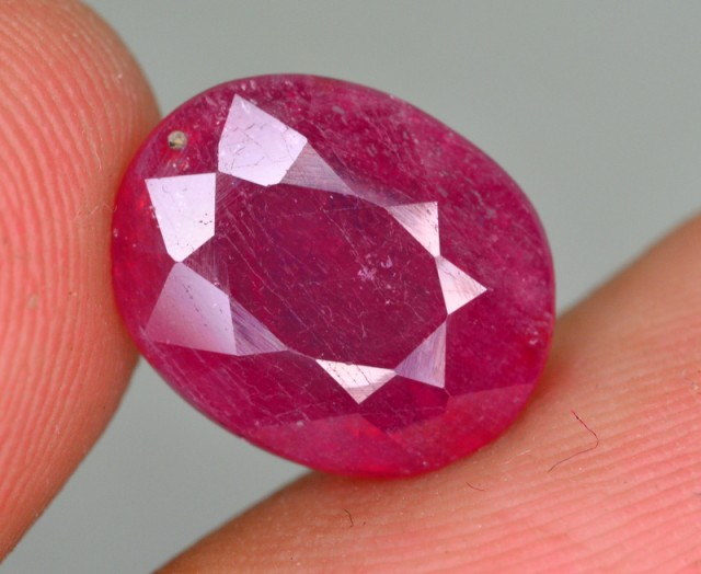 6.70 CT NATURAL AFRICAN RUBY GEMSTONE