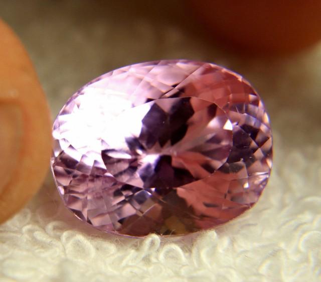 17.87 Carat Pink VVS Himalayan Kunzite - Gorgeous