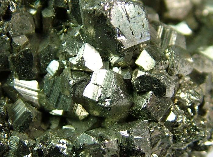 PYRITE  SPECIMEN FROM PERU   355 CTS [MX635]