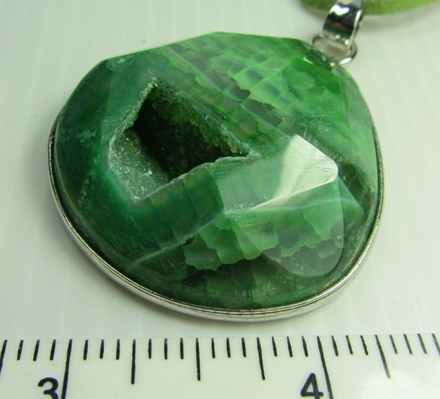 GREEN AGATE FASHION STYLE NECKLACE QT 374