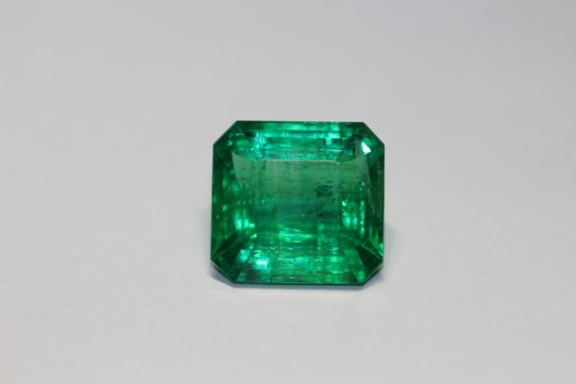 AMAZING ZAMBIAN EMERALD 7.47 CARATS !!GREAT VALUE!! GIA CERTIFIED