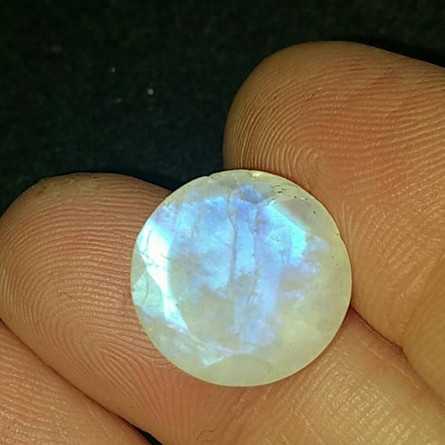 13mm round RAINBOW MOONSTONE rose cut one side table cut the other 13mm by