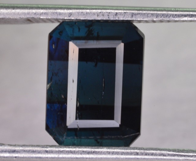 3.10 CT NATURAL TOURMALINE GEMSTONE