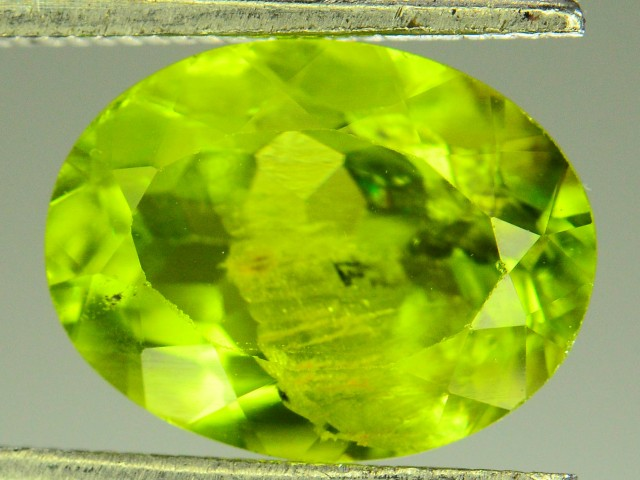 2.80 Ct Untreated Green Peridot