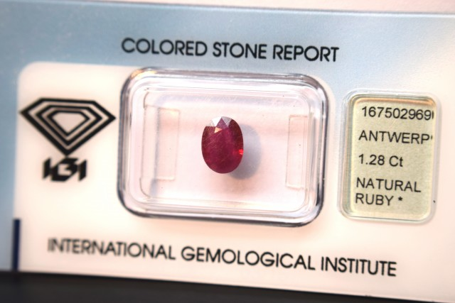 IGI Certified - 1.28Cts - Burma(Rare) - Natural Ruby