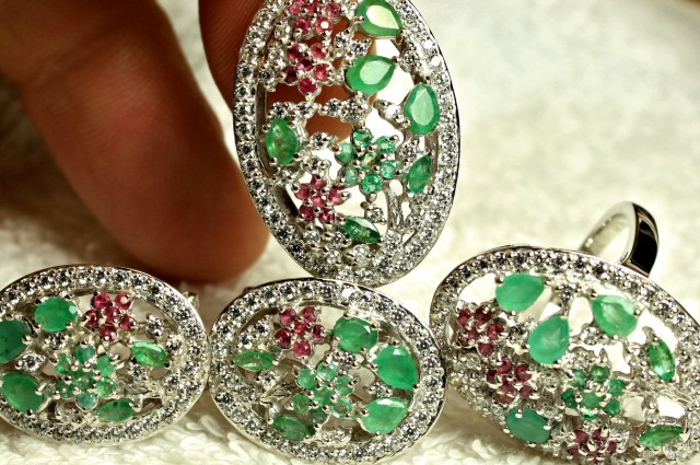 138.5 Tcw. Sterling Silver, 14K White Gold, Emeralds, Ruby Pendant,