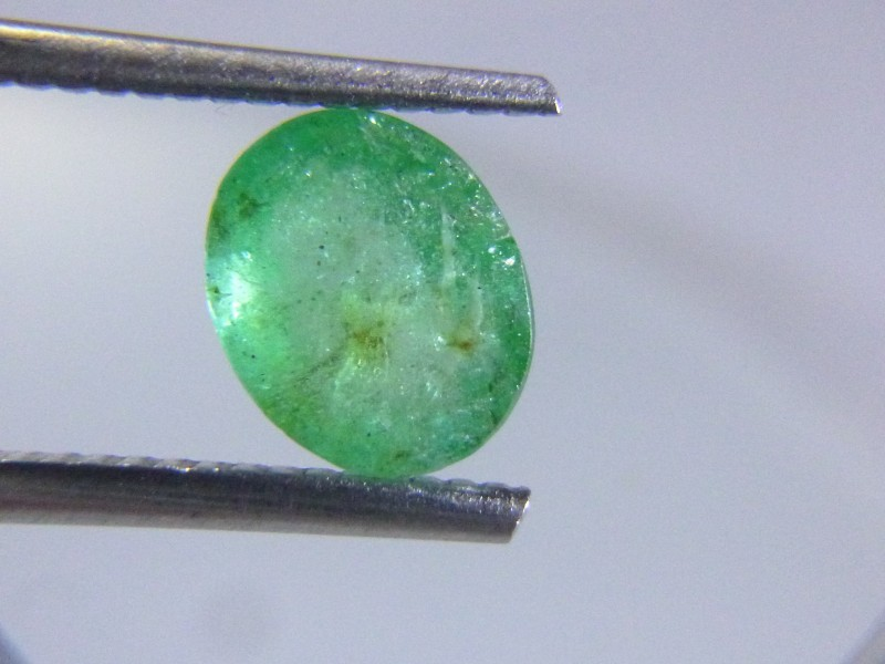 1.95cts  Emerald , 100% Natural Gemstone
