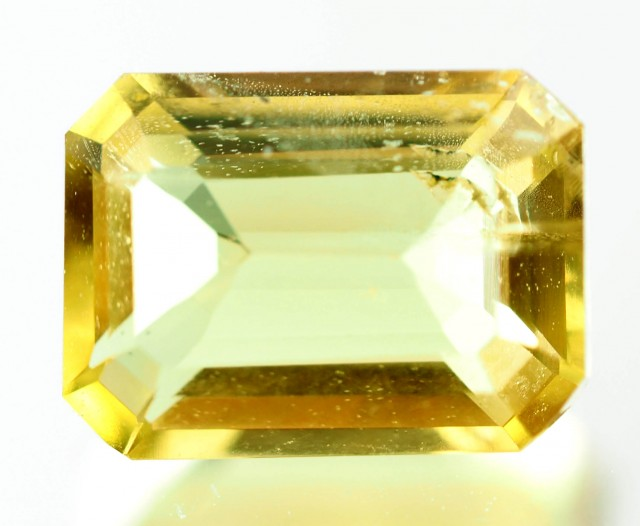 0.92 CTS -CERTIFIED  NATURAL YELLOW BERYL - HELIODOR [SAP490]