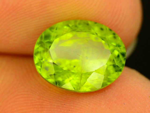 3.65 Ct Untreated Green Peridot