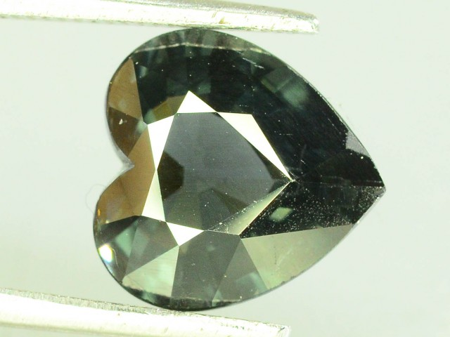 3.00 CT Untreated Sparkling Spinel~
