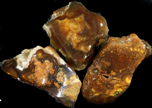 170.00 CTS FIRE AGATE ROUGH PARCEL DEAL [F6976]