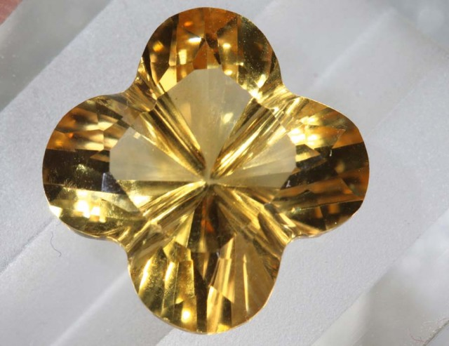 7.9CTS CITRINE CARVING FLOWER STONE LT-796