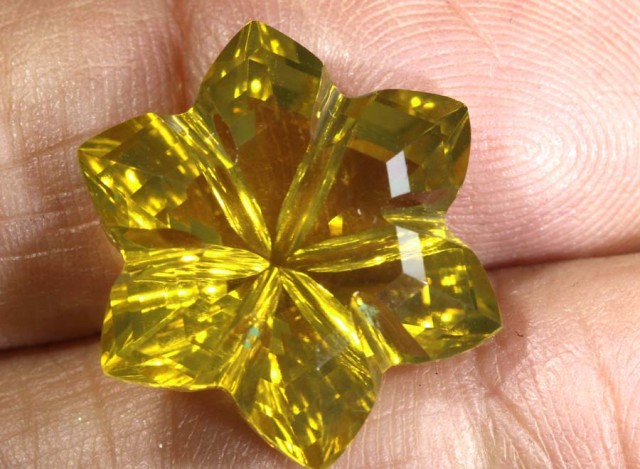 14.9CTS CITRINE CARVING FLOWER STONE LT-799