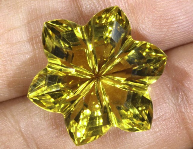16.1CTS CITRINE CARVING FLOWER STONE LT-801
