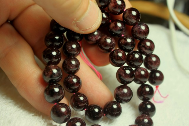 410 Tcw. Spessartite Garnet Strand - 10mm - 15.5 Inches