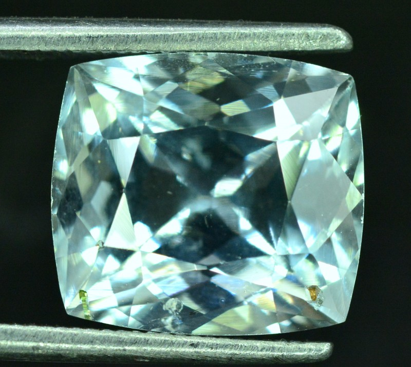 4.60 cts Natural Aquamarine Gemstone from Pakistan