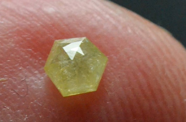 3.525mm 0.20ct Yellow Hexagon rose cut Diamond
