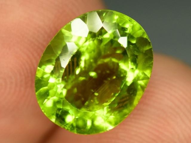 6 cts Natural Olivine Green Natural Peridot Gemstone