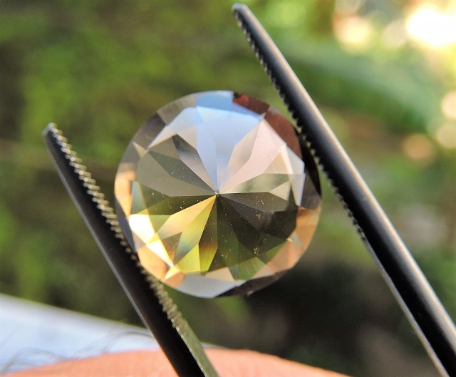 Smoky quartz gemstone