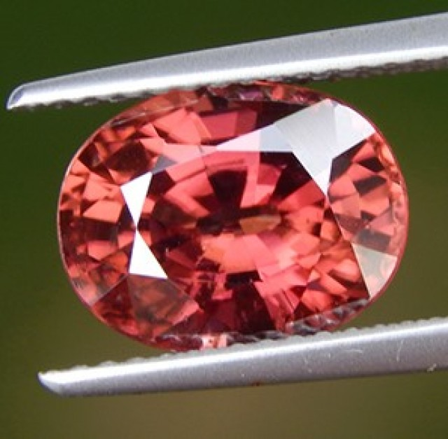 5.00cts, Pink Zircon,  Natural Stone, Unheated, VVS1