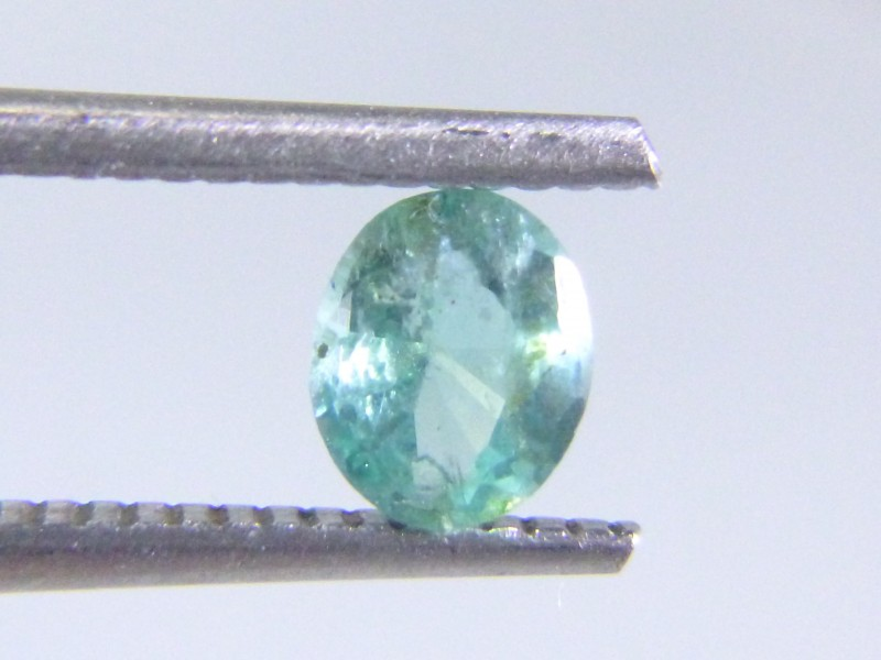 0.67cts  Emerald , 100% Natural Gemstone